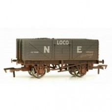 Dapol 4F-071-018 NE 7 plank wagon