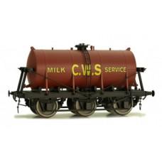 Dapol O 7F-031-008 6 Wheel milk Tanker