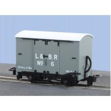 Peco GR-220D Box Van L&B