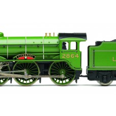 Hornby LNER 4-6-0 B17 Class Locomotive Liverpool with