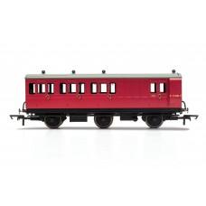 Hornby R40126 6 wheel coach brake 3rd class BR