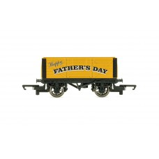 Hornby R60017 Fathers Day Wagon