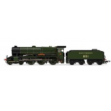 Hornby R3634 Lord Nelson class Sir Francis Drake locomotive