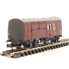 Graham Farish 373-361 B.R. Horse-box-maroon