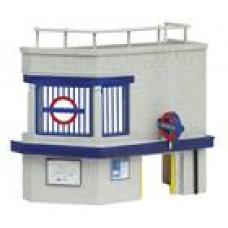Graham Farish 42-221 N Scenecraft underground station