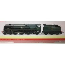 Hornby R3566 Merchant Navy Class Nederland Line locomotive
